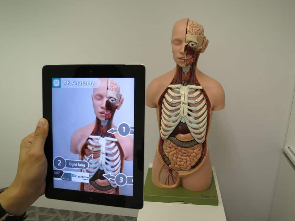 top 10 technology-Augmented Reality in Health